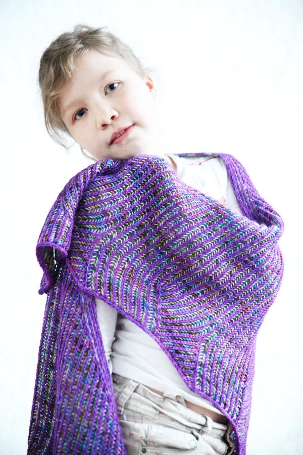 meandering_shawl